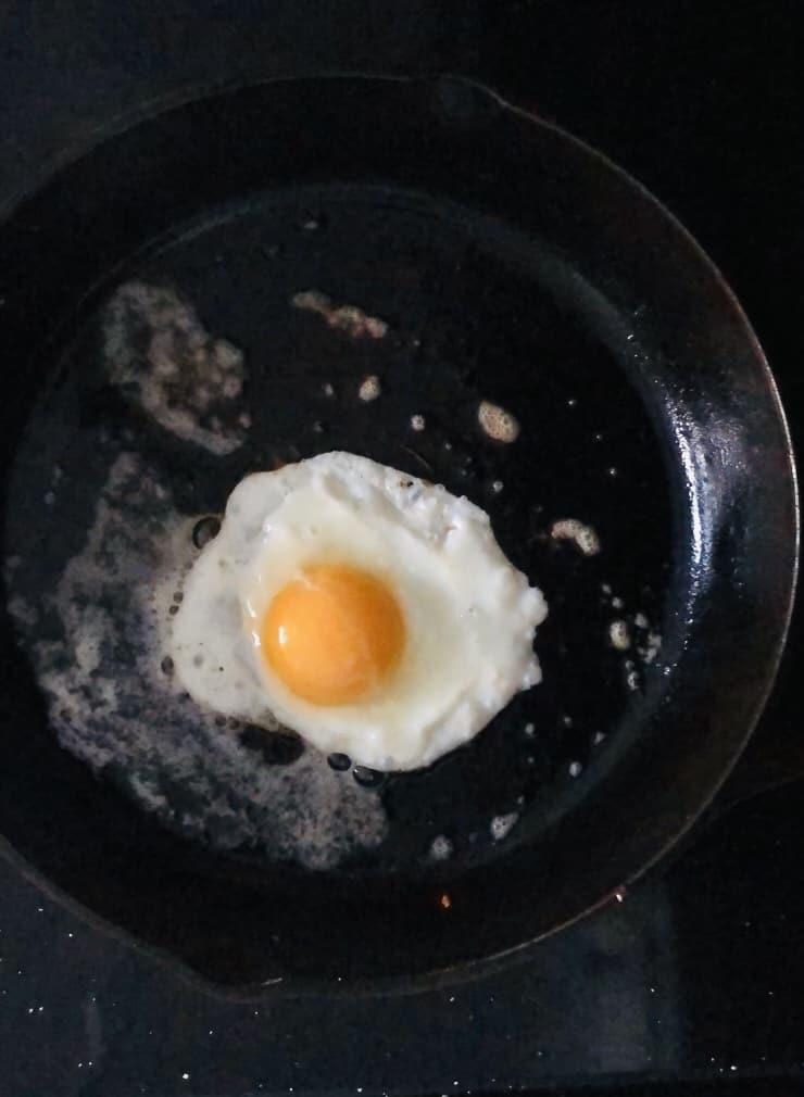 Fried egg in a skillet