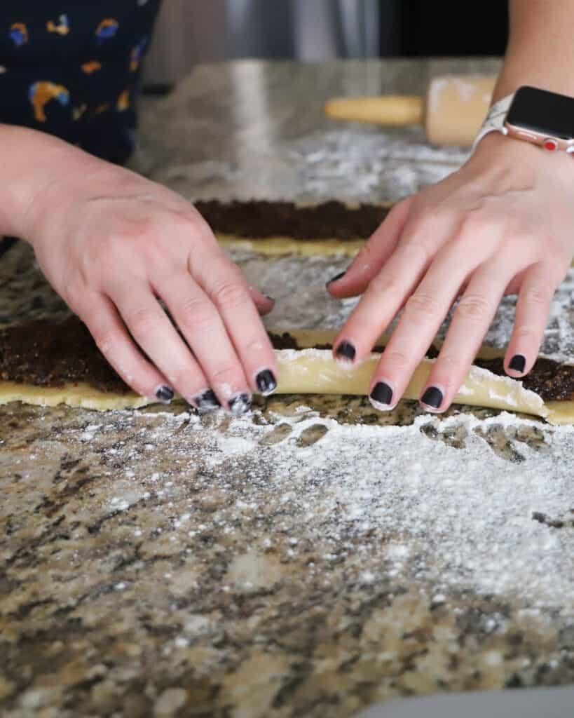 Traditional Italian Fig Cookies - Cucidati