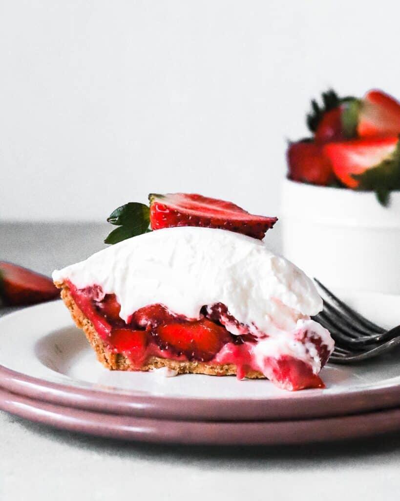 strawn's strawberry icebox pie